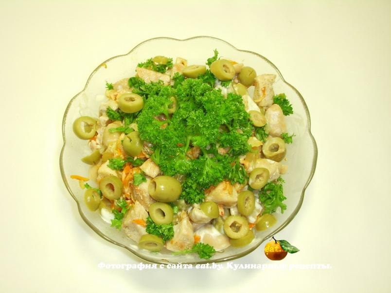 Салат из маринованных шампиньонов и маслин