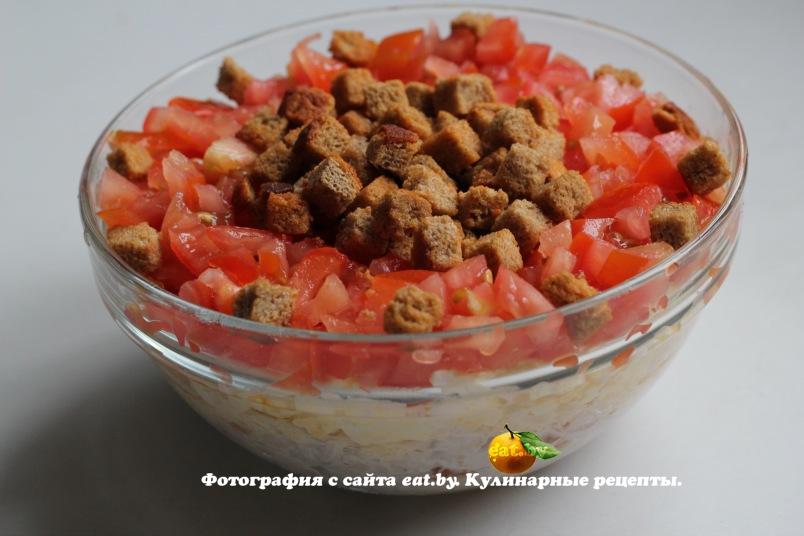 рецепт салата с сухариками с ветчиной и