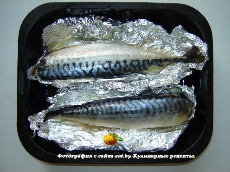 Как скумбрию запечь в фольге в духовке рецепт с пошагово