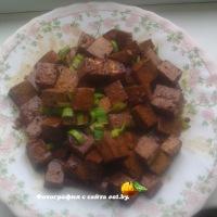 Тофу (соевый творог) с соусом и специями