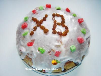 фото Пасхальный пирог(кулич) с изюмом и цукатами