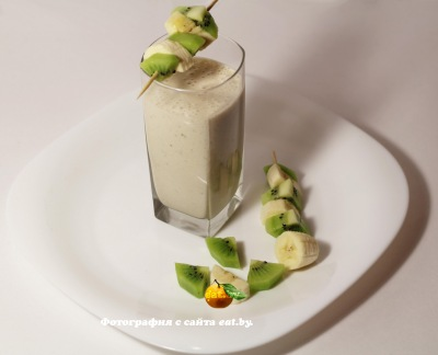 фото Творожно-фруктовый коктейль