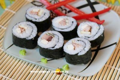 фото Суши роллы с тунцом