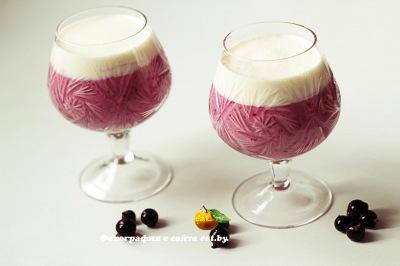 фото Молочный коктейль со смородиной