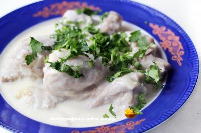 Аймокац (цыпленок в сметанно-лимонном соусе)